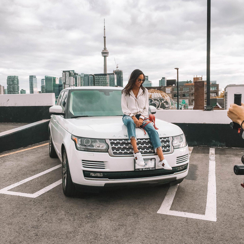 white Range Rover suv