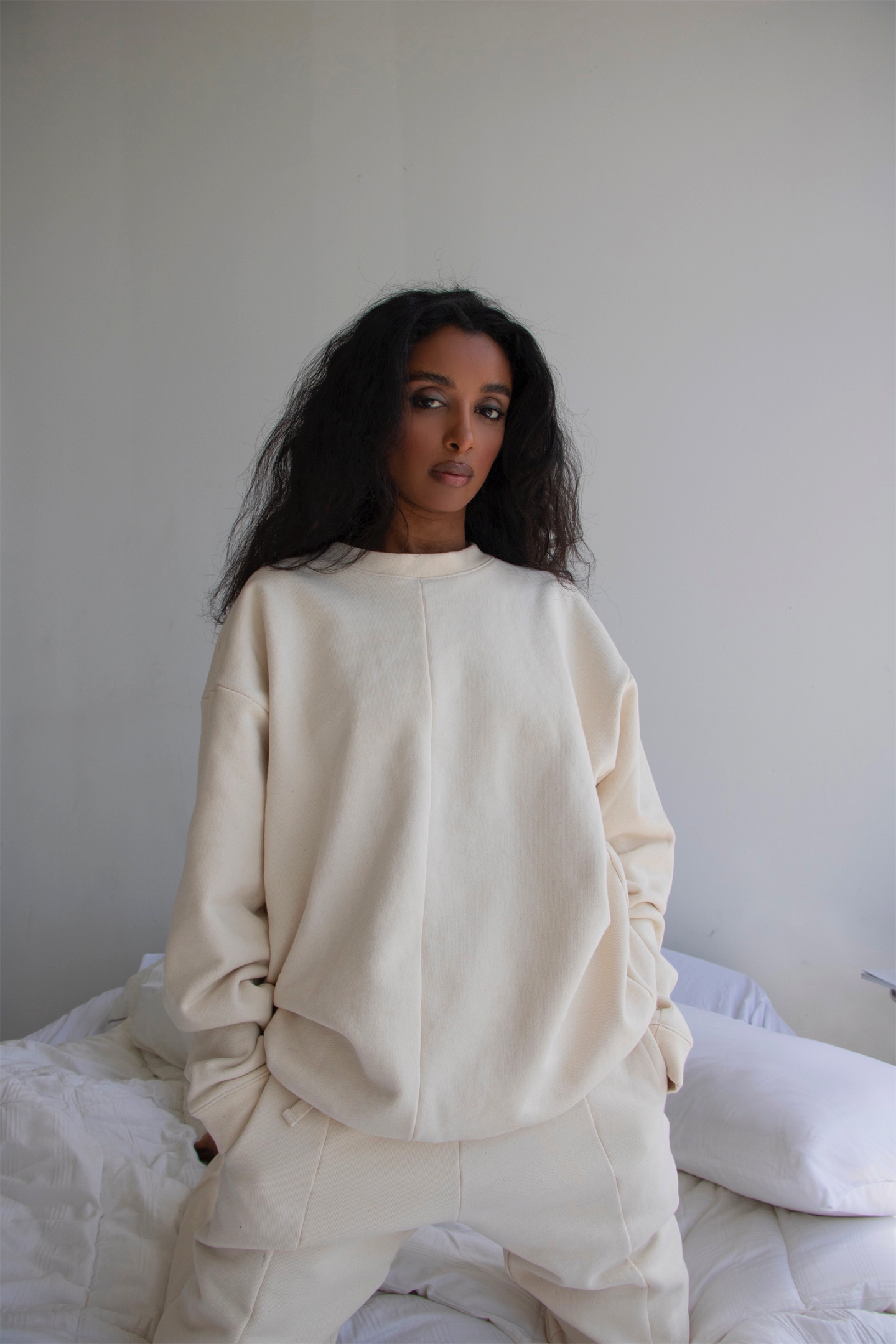 cream crew neck sweatshirt