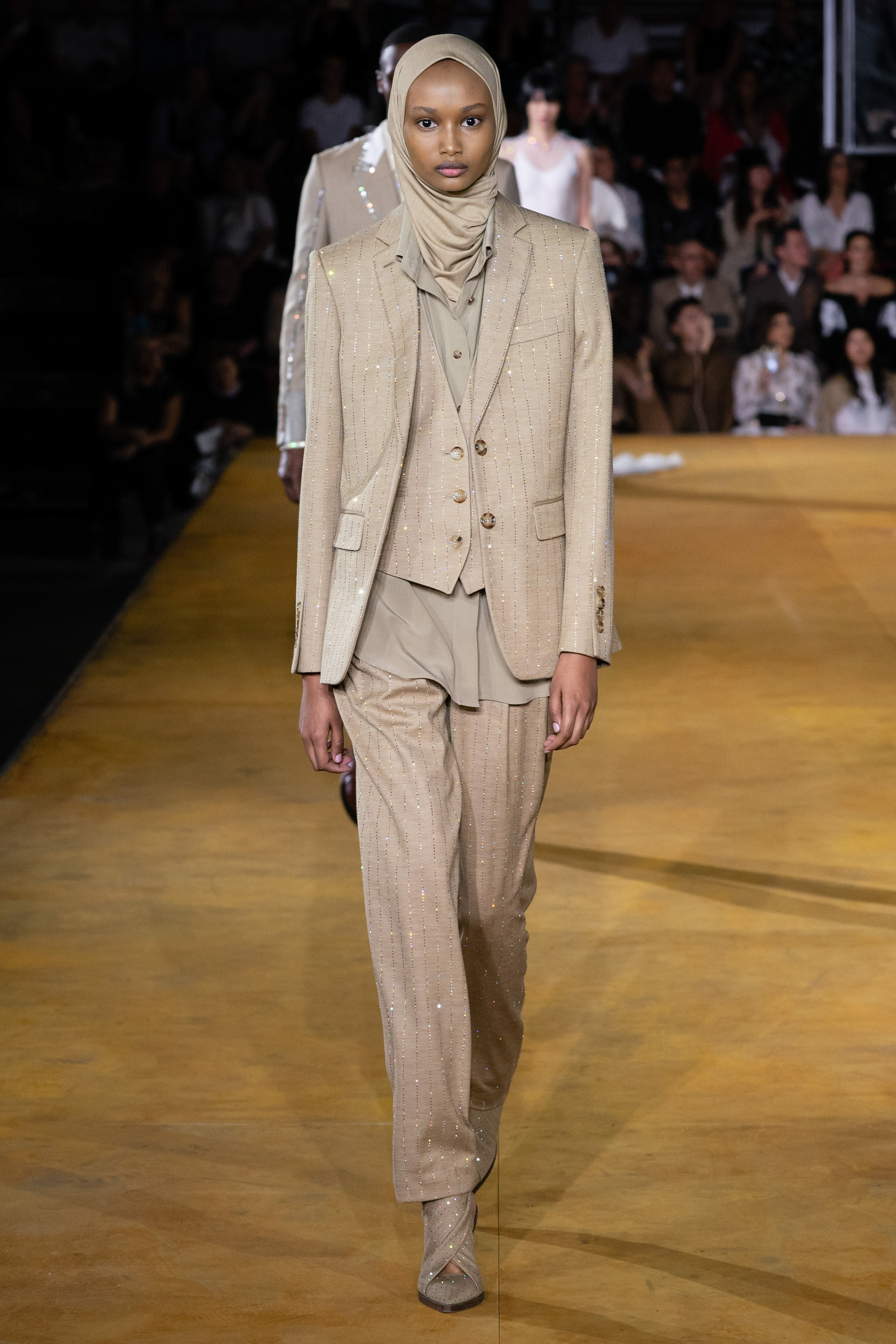 burberry spring summer 21 ready to wear look